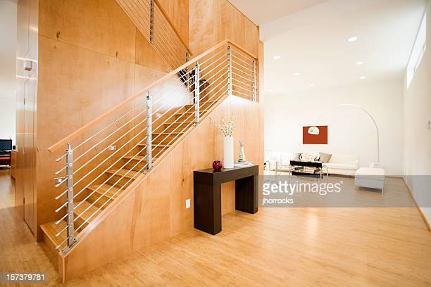 Moderner Wohnbereich mit Tageslicht