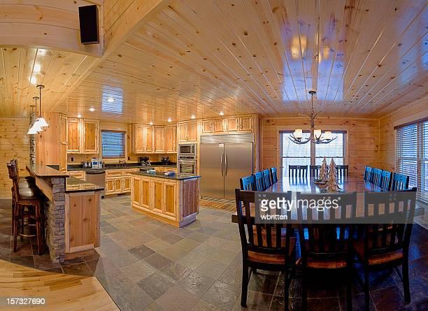 Moderne Blockhütte Küche (XXL