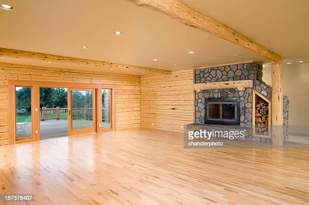 Moderne leeren Wohnzimmer sich wie zu Hause fühlen