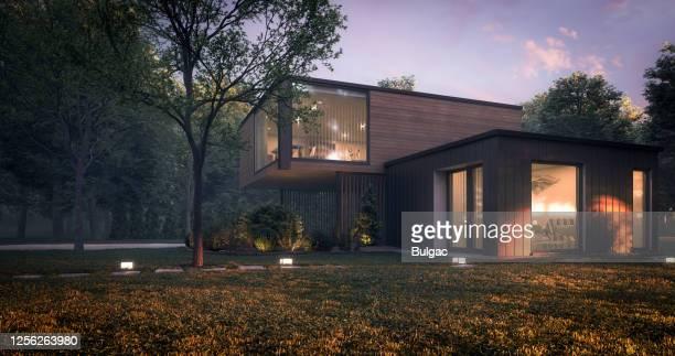 moderne minimalistische familienvilla - wohnhaus stock-fotos und bilder