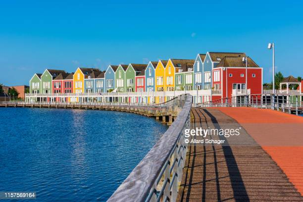 modern multi colored houses in houten netherlands - utrecht stock-fotos und bilder