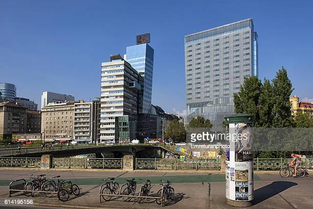 modern office and hotel buildings in vienna - emreturanphoto stock pictures, royalty-free photos & images