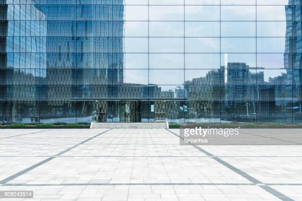 modern office building - facade stock pictures, royalty-free photos & images