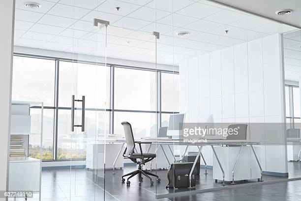 modern office room with glass walls - bureau ameublement photos et images de collection