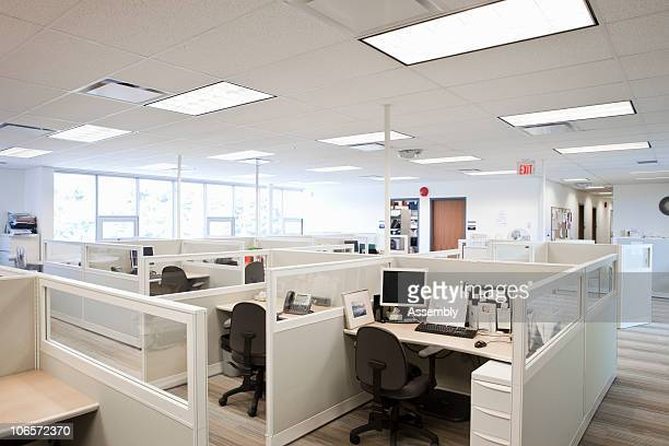 modern office space with cubicles - office cubicle stock pictures, royalty-free photos & images
