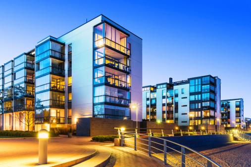 Modern real estate 488120139