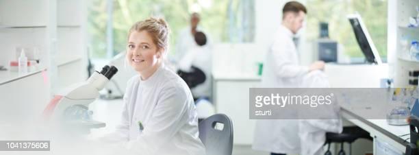 Modern onderzoek lab portret