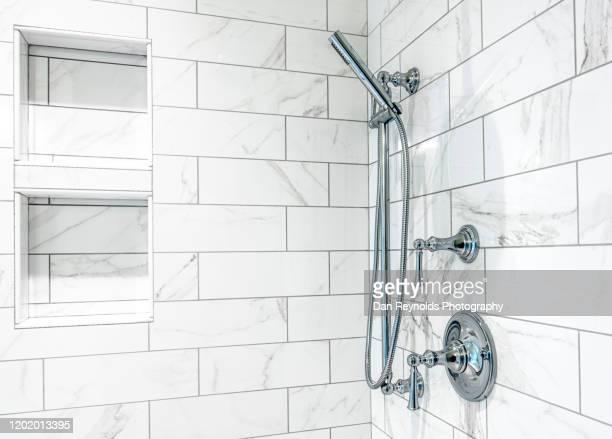 modern shower hdr - シャワー ストックフォトと画像