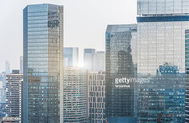 modern skyscraper building - skyscraper stock photos and pictures