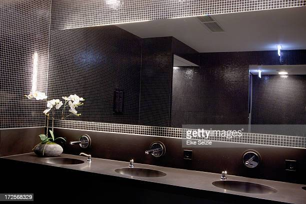Modern spa bathroom