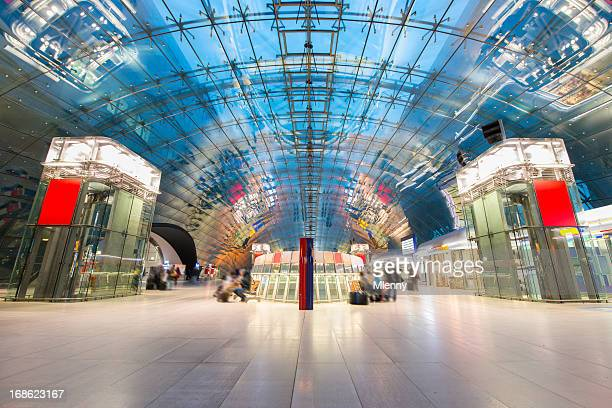 Moderne Bahnhof Frankfurt am Main, Deutschland