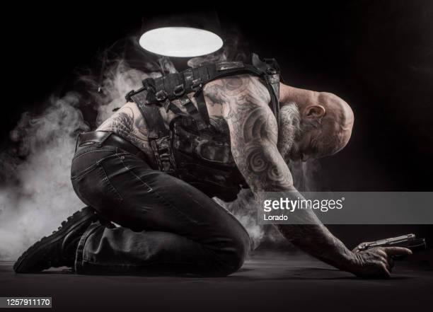 modern urban warfare military soldier suffering - self harm stock pictures, royalty-free photos & images