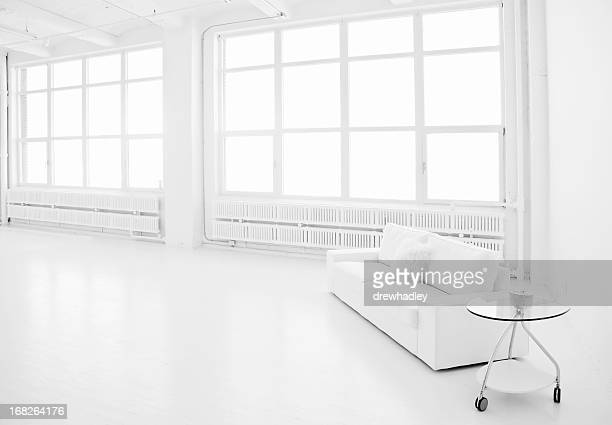 Espace salon d'une suite Loft moderne blanc