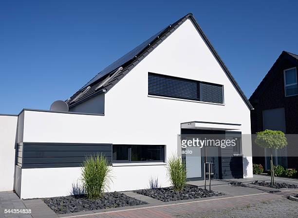 Modernen weißen one-Familien-Haus