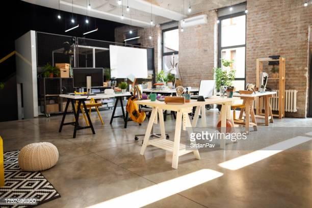 luogo di lavoro moderno - condizione foto e immagini stock