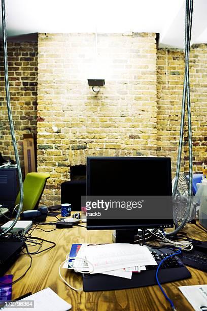 modern workplace: empty IT office