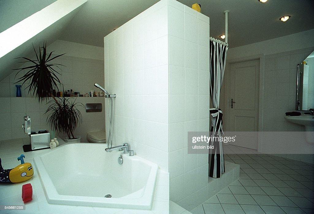 Modernes Bad In Einem Einfamilienhaus 1993