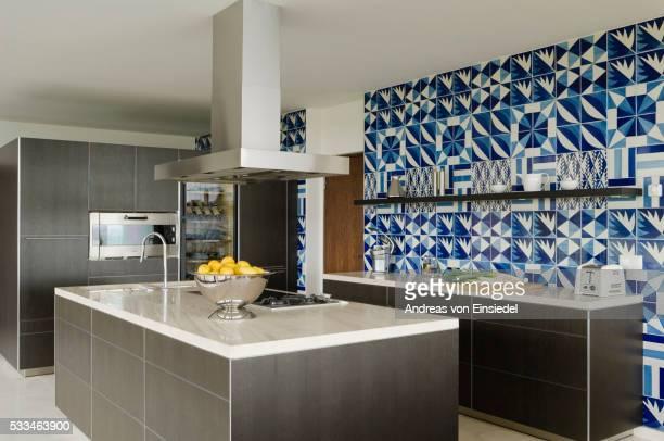 modernist new build - cozinha doméstica imagens e fotografias de stock