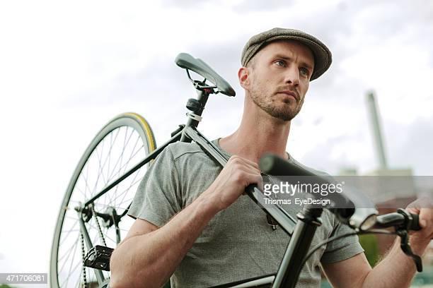 Verkehrsmittel zu Fuß oder mit dem Fahrrad