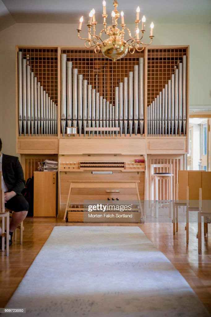 A Modest Wooden Organ in a Church in Berlin, Germany Summertime : Stock-Foto