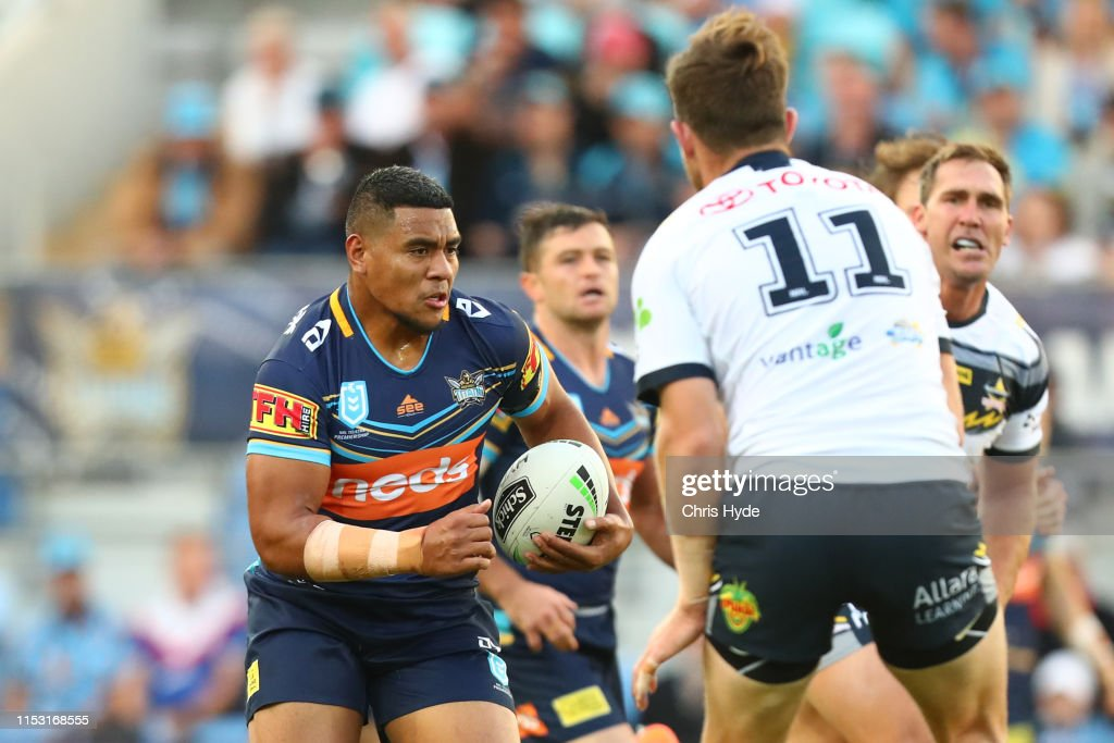 NRL Rd 12 - Titans v Cowboys : News Photo