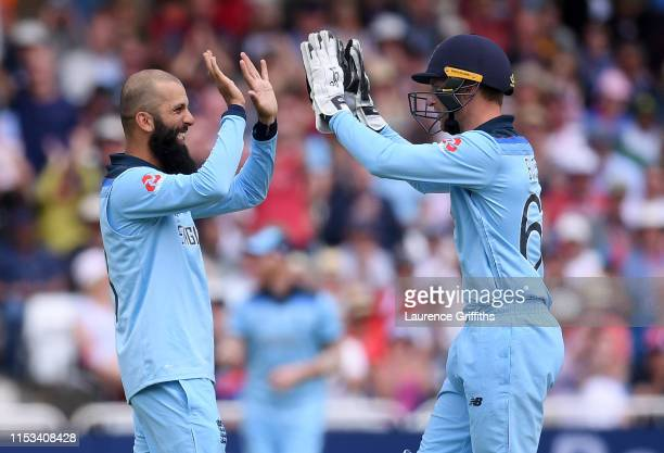 Moeen Ali and Jos Butler of England celebrate the stumping of Fakhar Zaman of Pakistan during the Group Stage match of the ICC Cricket World Cup 2019...