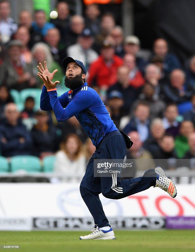 Moeen Ali of England catches out Danushka Gunathilaka of Sri Lanka during the 4th ODI Royal London One Day International match between England and Sri Lanka at The Kia Oval on June 29, 2016 in London, England.