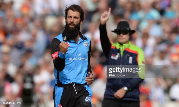 Moeen Ali of Worcester celebrates after dismissing Arron Lilley of Lancashire during the Vitality T20 Blast first semifinal between Worcestershire...
