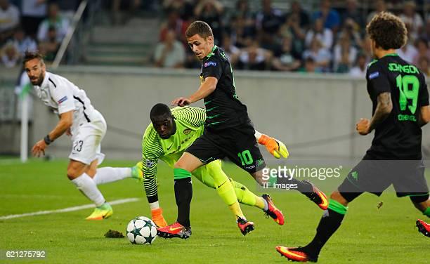 Moenchengladbach Germany Champions League Qualifikation Rueckspiel Borussia MoenchenMoenchengladbach Young Boys Bern Thorgan Hazard schiesst zum 10...