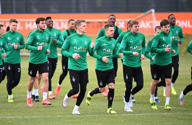 HUN: Borussia Mönchengladbach v Manchester City  - UEFA Champions League Round Of 16 Leg One