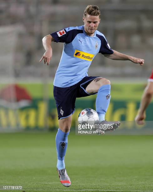Moenchengladbach's Swiss defender Nico Elvedi controls the ball during the German first division Bundesliga football match SC Freiburg v Borussia...