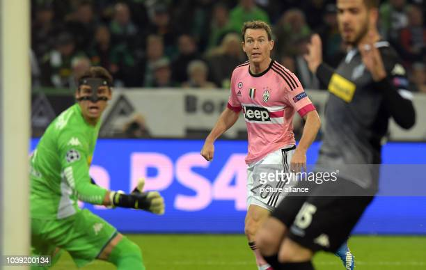 Moenchengladbach's Yann Sommer Alvaro Dominguez and Turin's Stephan Lichtsteiner in action during the Champions League group D soccer match Borussia...