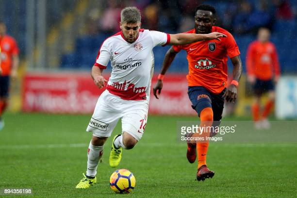 Moestafa El Kabir of Antalyaspor Joseph Attamah of Istanbul Basaksehir during the Turkish Super lig match between Istanbul Basaksehir v Antalyaspor...