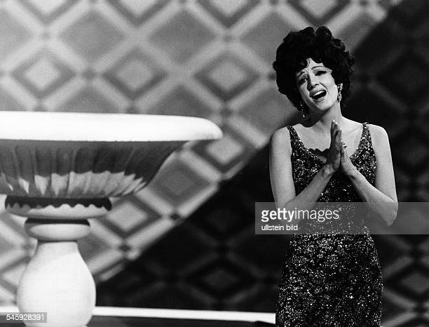 Moffo Anna *Opernsaengerin Schauspielerin USA Halbportrait in ihrer ersten SFBShow Januar 1970
