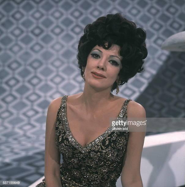 Moffo Anna Opernsaengerin Schauspielerin USA Halbportrait in ihrer ersten SFBShow Januar 1970