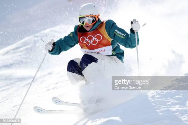 Mogul Skier Britteny Cox of Australia trains ahead of the PyeongChang 2018 Winter Olympic Games at Phoenix Park on February 8 2018 in Pyeongchanggun...