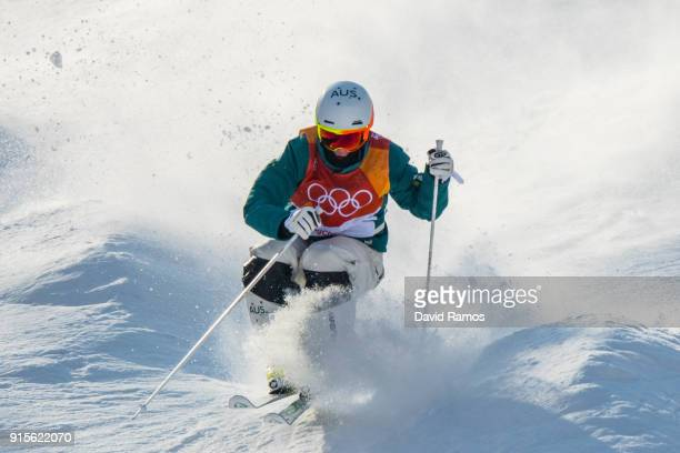 Moguls skier Matt Graham of Australia in action during training session ahead of the PyeongChang 2018 Winter Olympic Games at Bokwang Phoenix Snow...