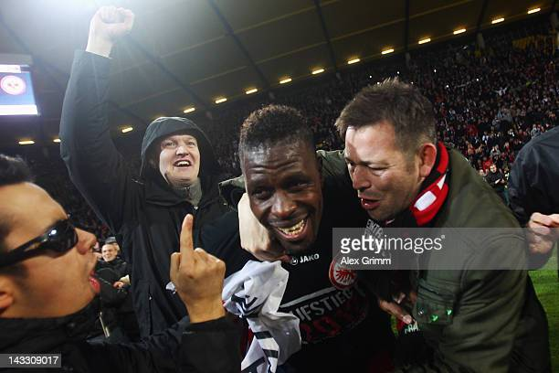 Mohamadou Idrissou of Frankfurt celebrates with the fans after the Second Bundesliga match between Alemannia Aachen and Eintracht Frankfurt at Tivoli...