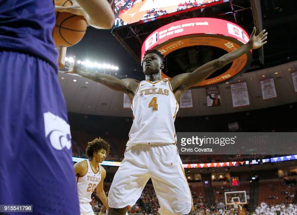 Mohamed Bamba of the Texas Longhorns plays defense against the Kansas State Wildcats at the Frank Erwin Center on February 7 2018 in Austin Texas