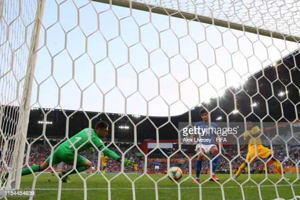 Mohamed Camara of Mali scores his team's second goal past Alessandro Plizzari of Italy during the 2019 FIFA U20 World Cup Quarter Final match between...