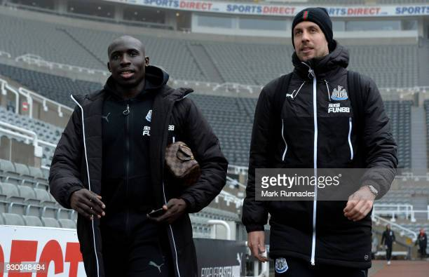 Mohamed Diame and Florian Lejeune of Newcastle United arrive ahead of the Premier League match between Newcastle United and Southampton at St James...