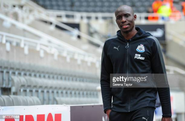 Mohamed Diame of Newcastle United arrives for the Premier League match between Newcastle United and West Bromwich Albion at StJames' Park on April 28...