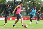 singapore mohamed elneny mesut ozil alex