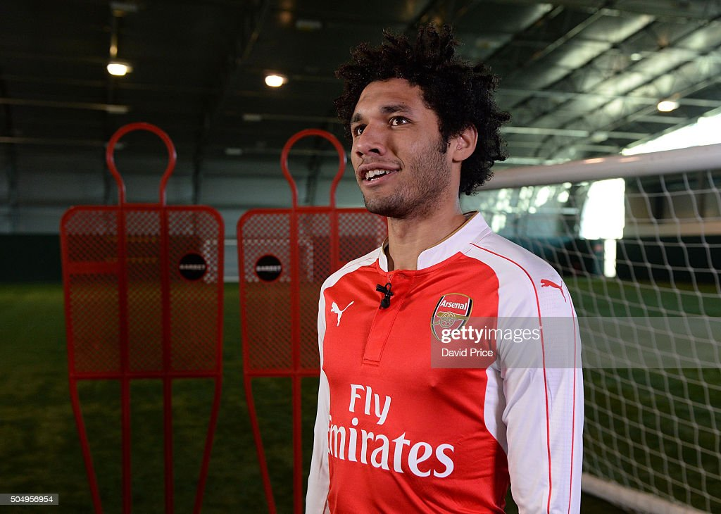 Arsenal Unveil New Signing Mohamed Elneny : News Photo