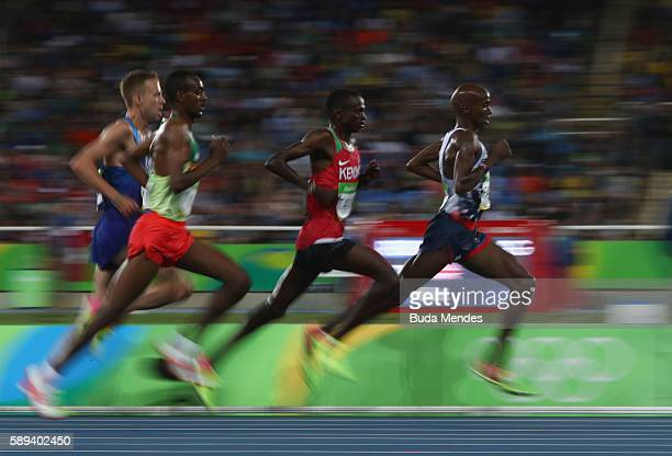 Mohamed Farah of Great Britain competes in the Men's 10000m on Day 8 of the Rio 2016 Olympic Games at the Olympic Stadium on August 13 2016 in Rio de...