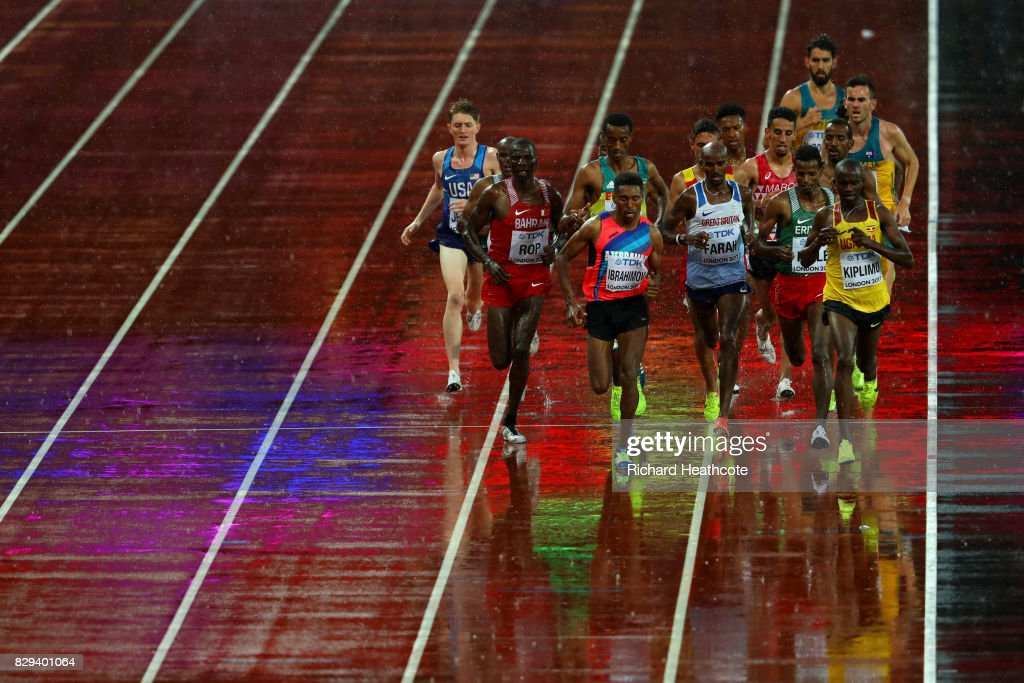 Mohamed Farah of Great Britain (c) in the middle of the pack in heat one of the Men's 5000 Metres heats during day six of the 16th IAAF World Athletics Championships London 2017 at The London Stadium on August 09, 2017 in London, United Kingdom.