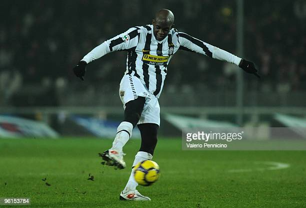 Mohamed Lamine Sissoko of Juventus FC in action during the Serie A match between Juventus FC and AS Roma at Olimpico Stadium on January 23 2010 in...