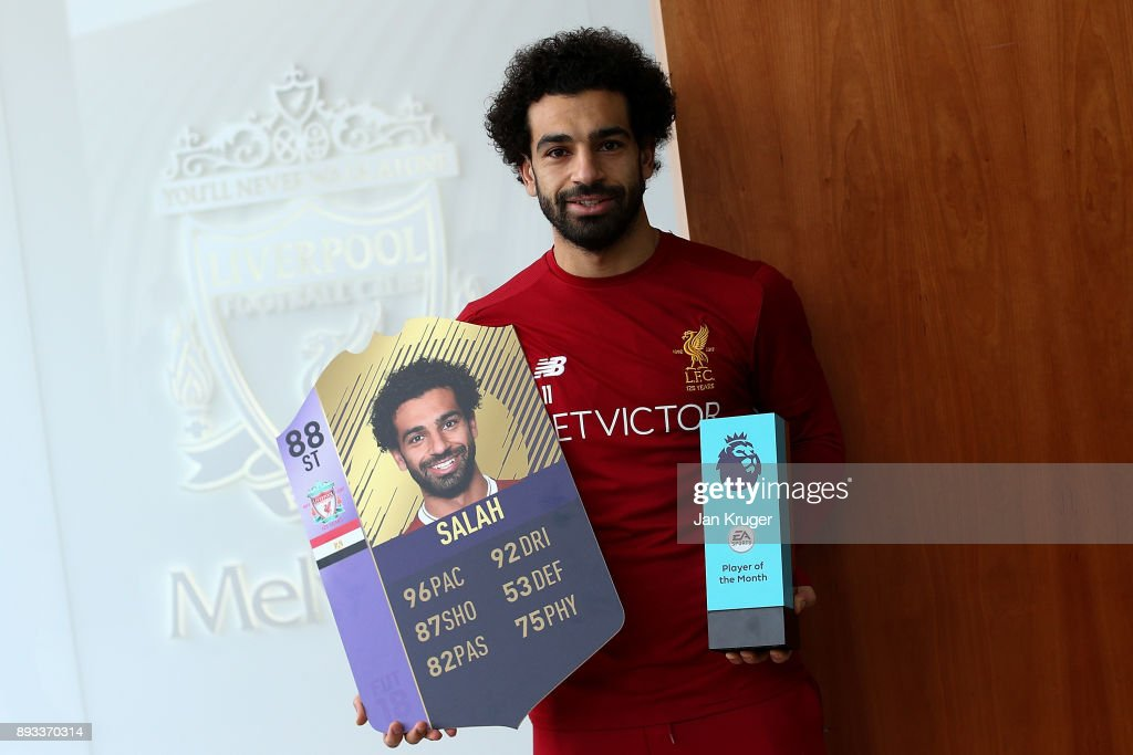 Mohamed Salah is Awarded with the EA SPORTS Player of the Month for November