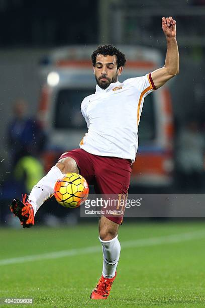 Mohamed Salah of AS Roma in action during the Serie A match between ACF Fiorentina and AS Roma at Stadio Artemio Franchi on October 25 2015 in...
