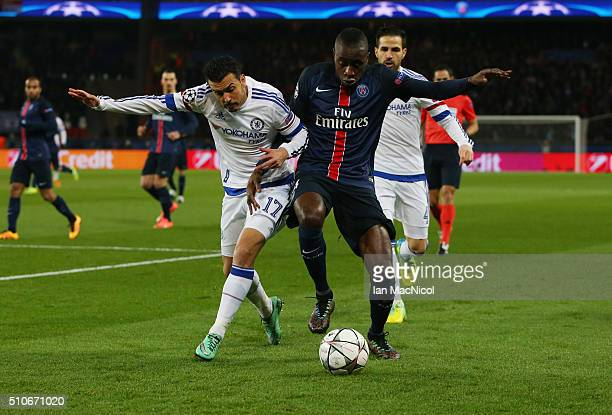 Mohamed Salah of Chelsea vies with Blaise Matuidi of Paris Saint Germain during the UEFA Champions League Round of 16 First Leg match between Paris...